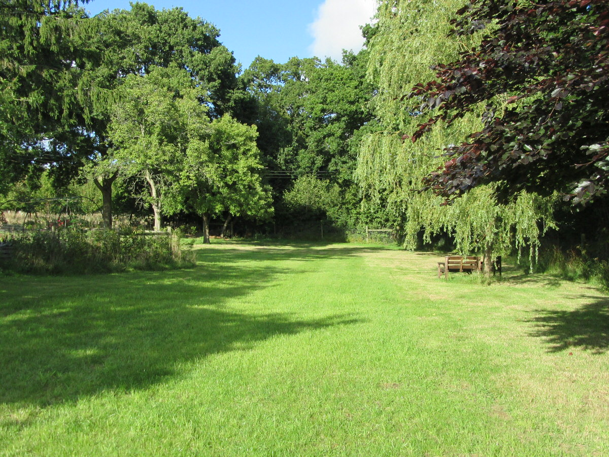 Exclusive 3 quarters acre paddock